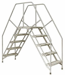 Portable Crossover Ladder, 4 Steps w/A1 Treads